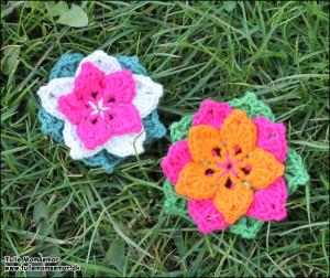 Blomster hæklet af mig